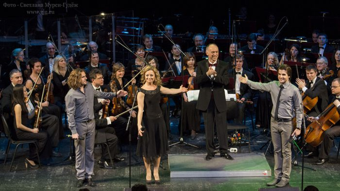 ФОТОГРАФИЯ: Концерт, посвященный 50-летию творческой деятельности Алексея Рыбникова в ММДМ