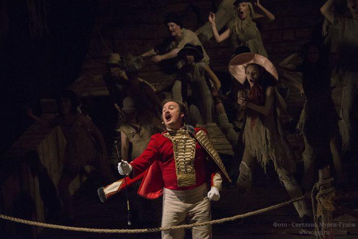 Легендарная «История лошади» Марка Розовского в театре «У Никитских ворот»